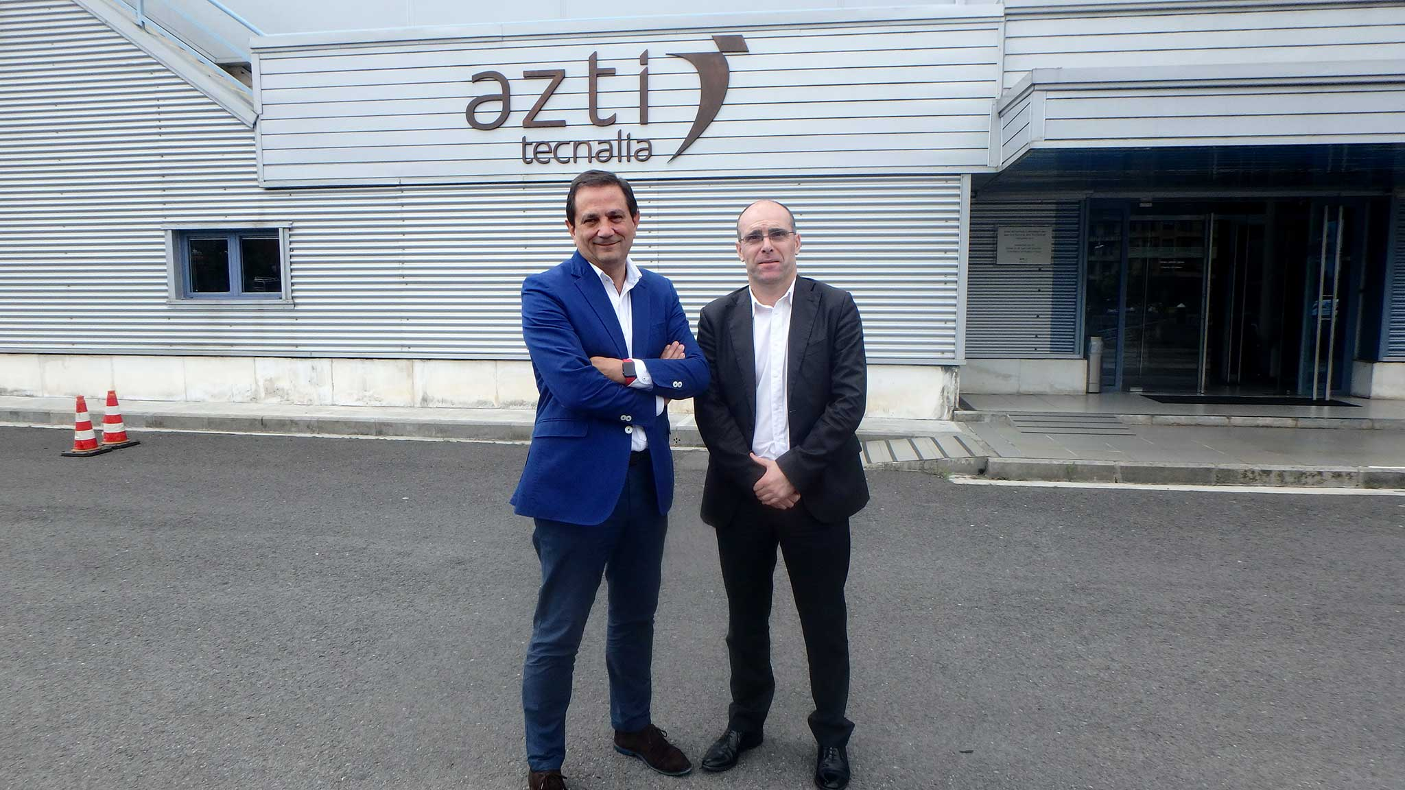 Leandro Azkue, director de Pesca y Acuicultura del Gobierno Vasco, y Rogelio Pozo, director general de AZTI Tecnalia.