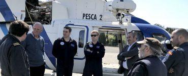 """Tripulación del helicóptero """"Pesca 2"""" del Servicio de Guardacostas de Galicia."""
